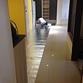 登陽廊香 餐廳空間鋪設靜音棉施工中.jpg