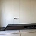 惠宇建設 惠宇新觀Q戶 客廳空間電視牆電視櫃待矽利康修邊.jpg