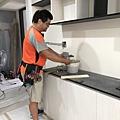 惠宇建設 惠宇新觀Q戶 餐廳空間水電插座面板移位施工中.jpg