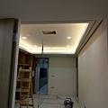 休閒空間天花板LED崁燈安裝1.jpg