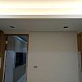 休閒空間天花板LED崁燈安裝2.jpg