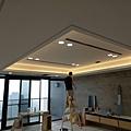 餐廳空間天花板LED崁燈安裝1.jpg