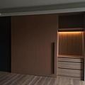 台中室內設計-大滑門收納櫃設計 (3).jpg