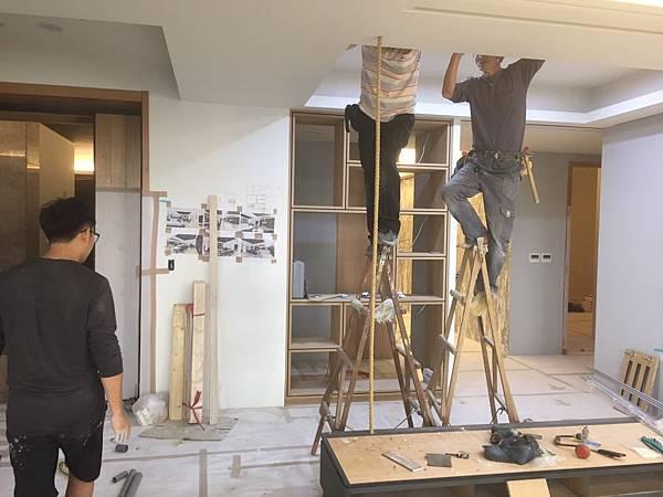 客廳空間電視牆麻繩造型施作.jpg