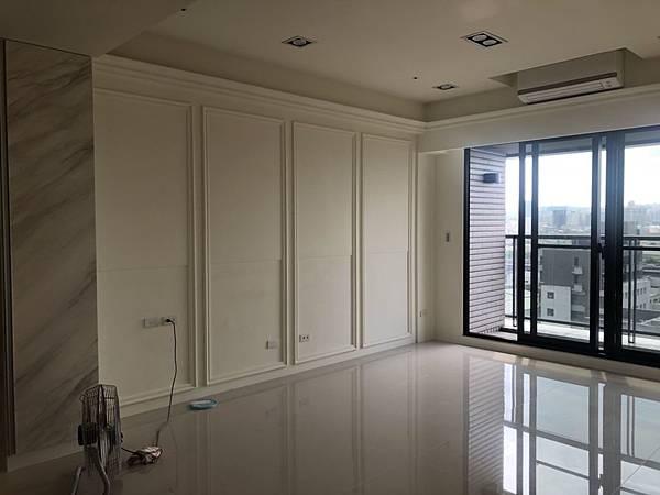 惠宇禮仁住宅設計 客廳沙發背牆清潔完成紀錄.jpg