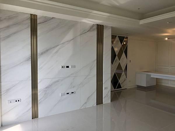 惠宇禮仁住宅設計 客廳空間清潔完成紀錄.jpg