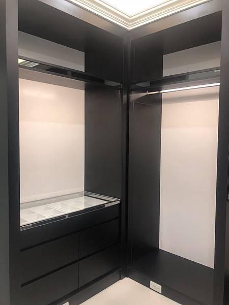 惠宇禮仁住宅設計 更衣室空間清潔完成紀錄 (1).jpg