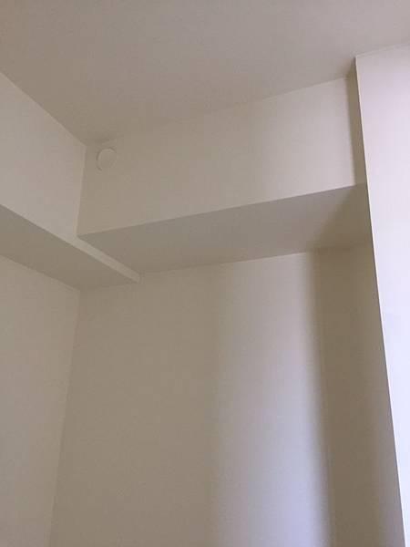 惠宇澄品 主臥室空間天花板丈量.jpg