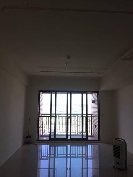 惠宇澄品 客廳空間丈量紀錄 (2).jpg