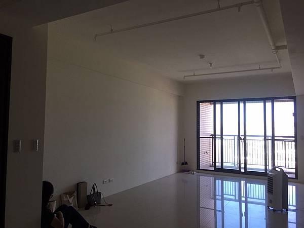 惠宇澄品 客廳空間丈量紀錄 (3).jpg