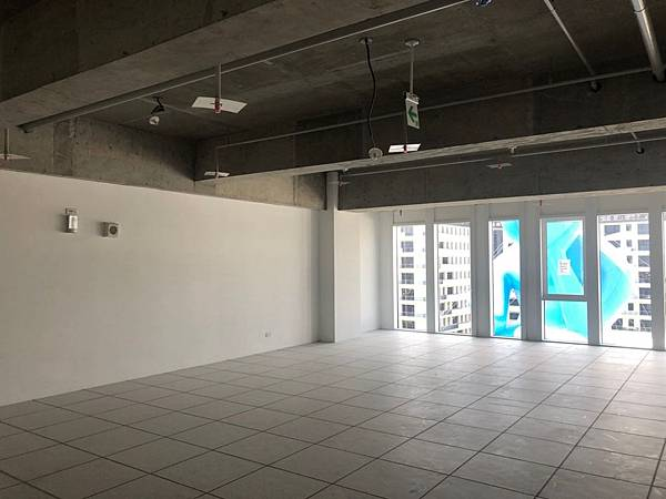 台中軟體園區辦公室設計 室內空間丈量紀錄.jpg