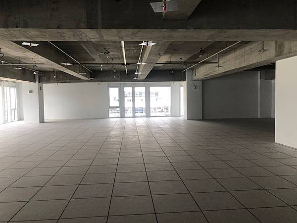 台中軟體園區辦公室設計 辦公空間丈量紀錄.jpg