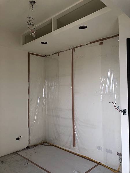 台中室內裝潢設計-系統櫃進場 (9).jpg