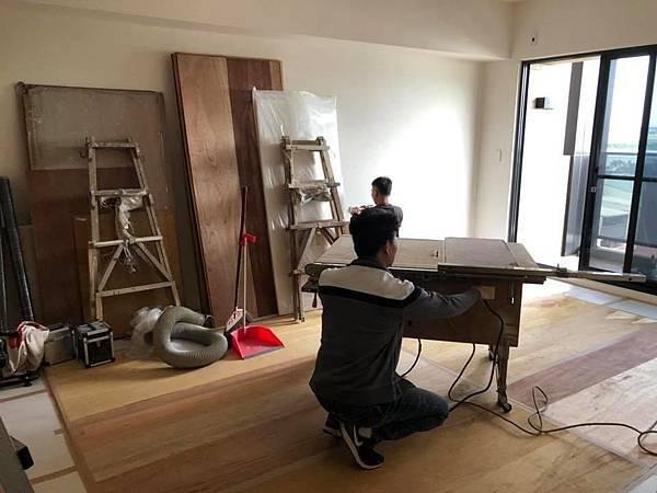 登陽穗悅住宅設計 木工天花板角材結構施工準備.jpg