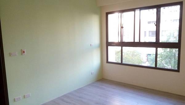太和安縵住宅設計 主臥室地板防護拆除及初步清潔施工.jpg