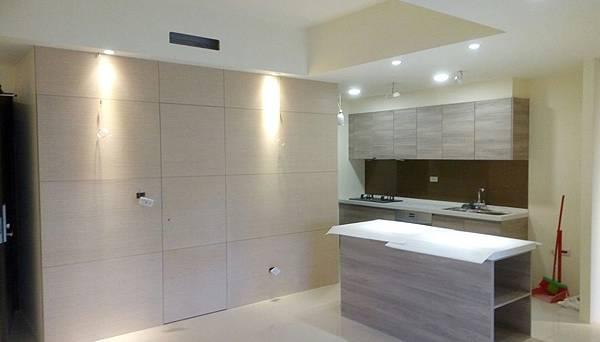 太和安縵住宅設計 餐廳空間吊圖繩安裝完成.jpg