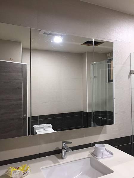 玻璃與地磚修補工程 (2).jpg