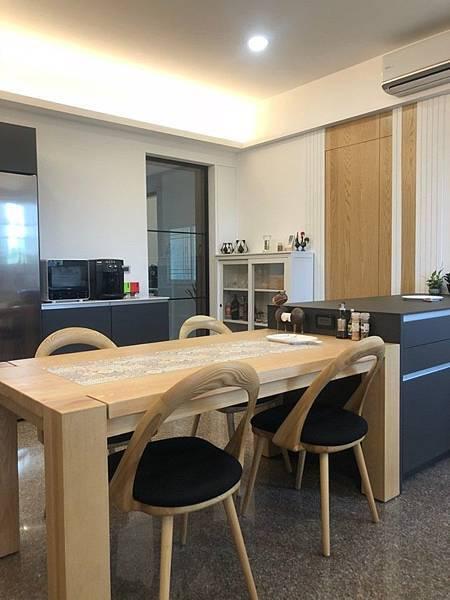 台中室內設計 廚房翻新設計 (1).jpg