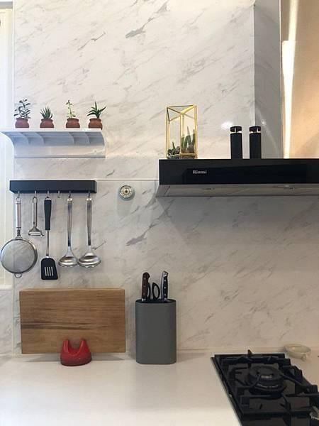 台中室內設計 廚房空間琺瑯板施作.jpg