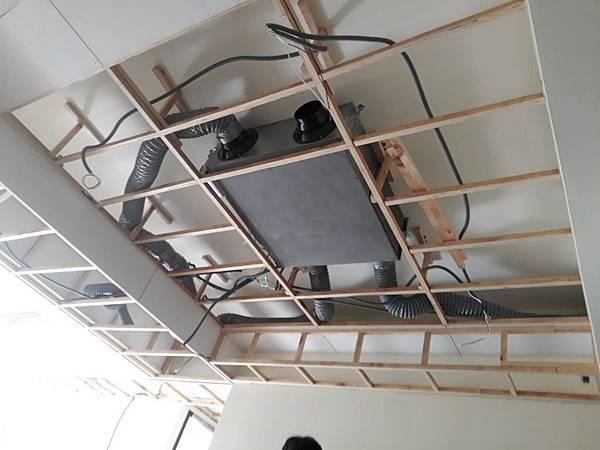 天花板全熱主機.jpg
