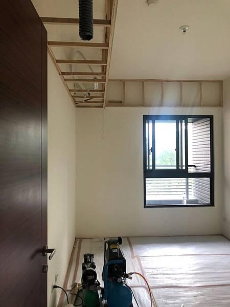 惠宇新觀室內設計 女孩房空間冷氣配線施工完成.jpg