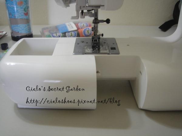 這是可拆式台所以縫牛仔褲很方便
