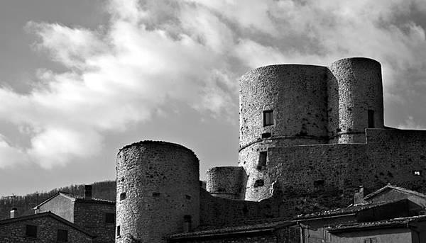 功城身退—Gian Piero ZANZOTTI義大利中古世紀古城堡系列黑白攝影作品展