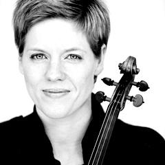 小提琴女王佛斯特2014獨奏會 Isabelle Faust Taiwan Debut