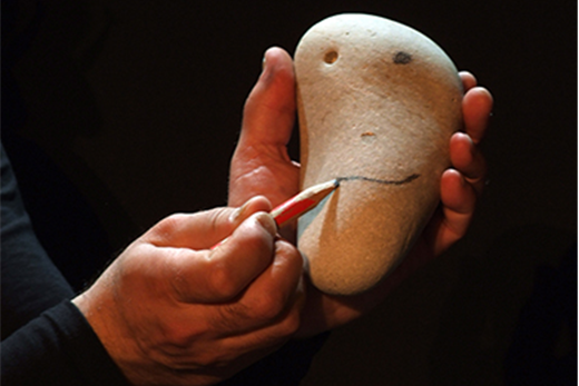 西班牙的公仔劇團《石頭人》
