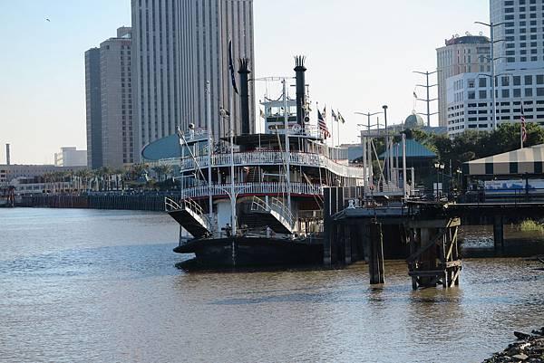 紐澳良蒸氣船