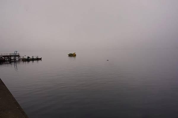 清晨洞爺湖.JPG