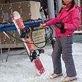14.清理滑雪板.jpg