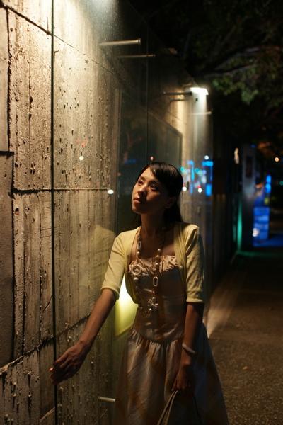 2009-10-31-百貨牆外拍精選#21.JPG