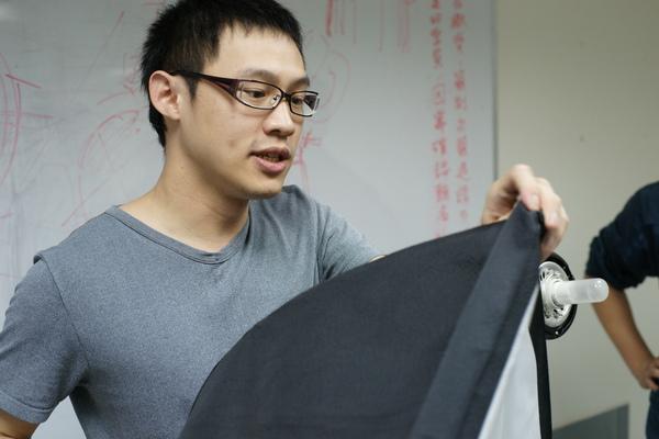 2009-12-15-映葉攝影課人像05.JPG