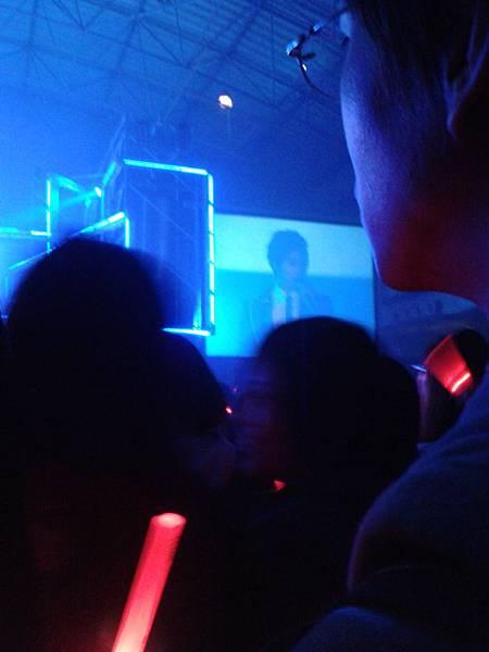 2011-12-11 20.09.29.jpg