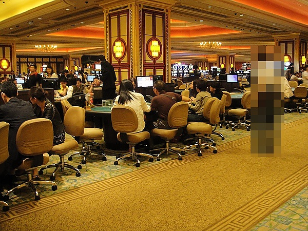 20100605PM0750賭客還算多.JPG