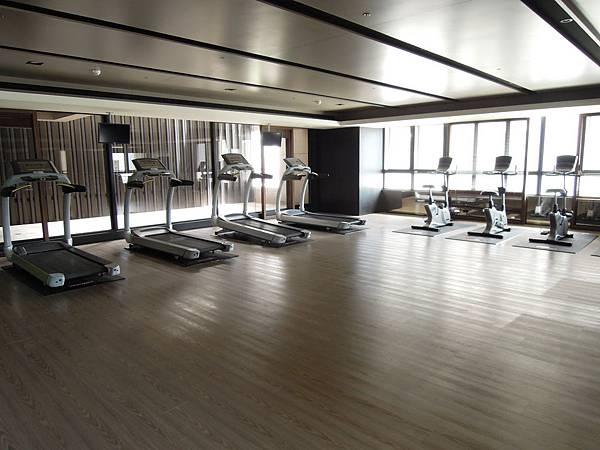 雲鼎公設-3樓健身房.JPG
