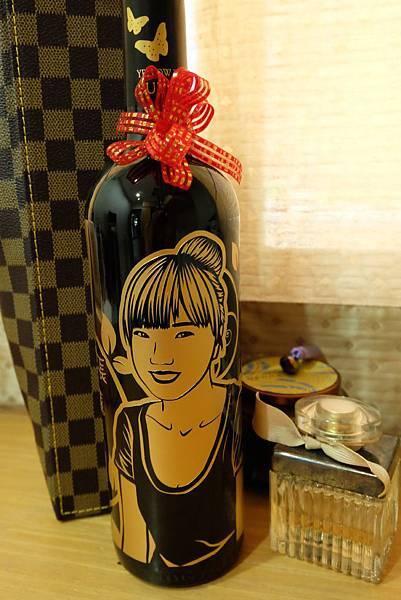 客製化酒瓶雕刻