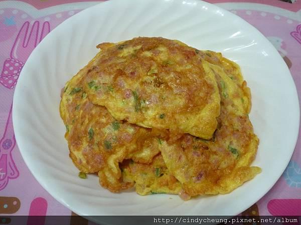 蔥香午餐肉蛋餅