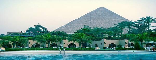 飯店金字塔