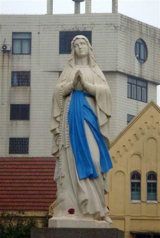 24天主教堂聖母.jpg