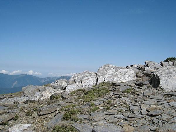這山岩這藍天