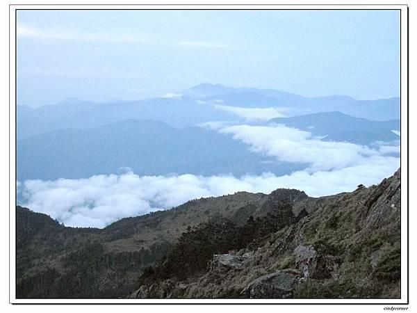 高山雲霧.jpg