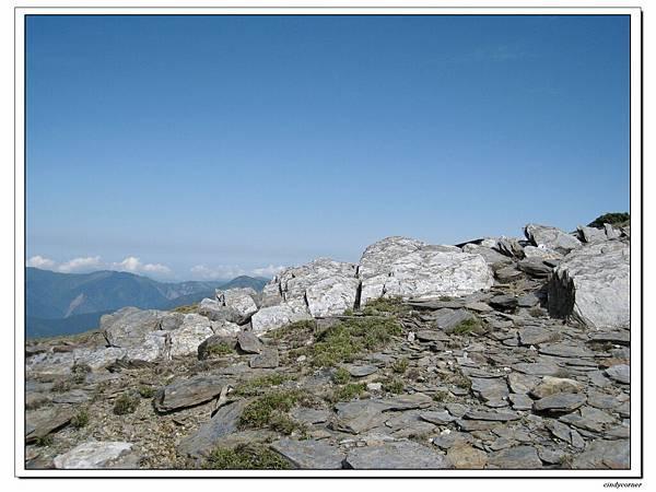 這山岩這藍天.jpg