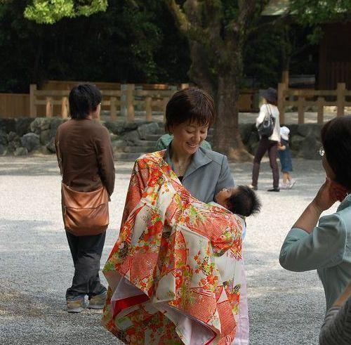 熱田神社喜悅