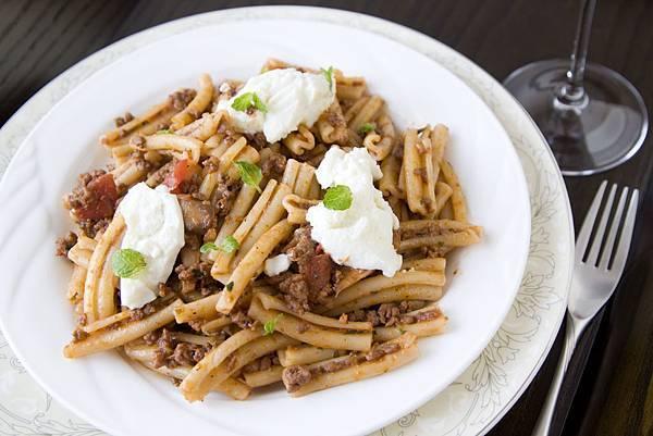 羊肉紅醬義大利麵-1