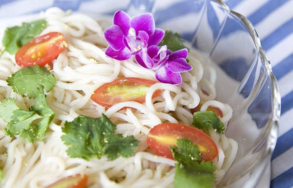 夏日蕃茄香檸冷麵-1
