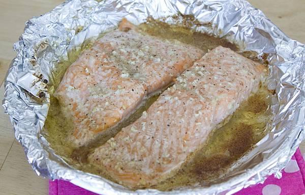 烤鮭魚佐蒔蘿優格醬-2