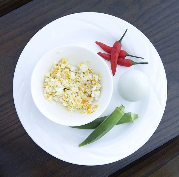 鹹鴨蛋秋葵炒飯-3