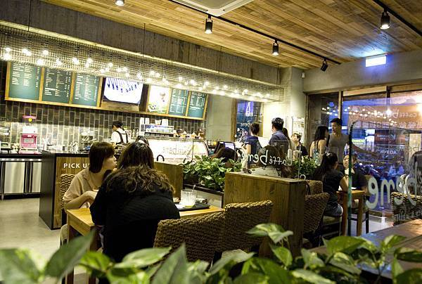 Caffe Bene台北忠孝店-22